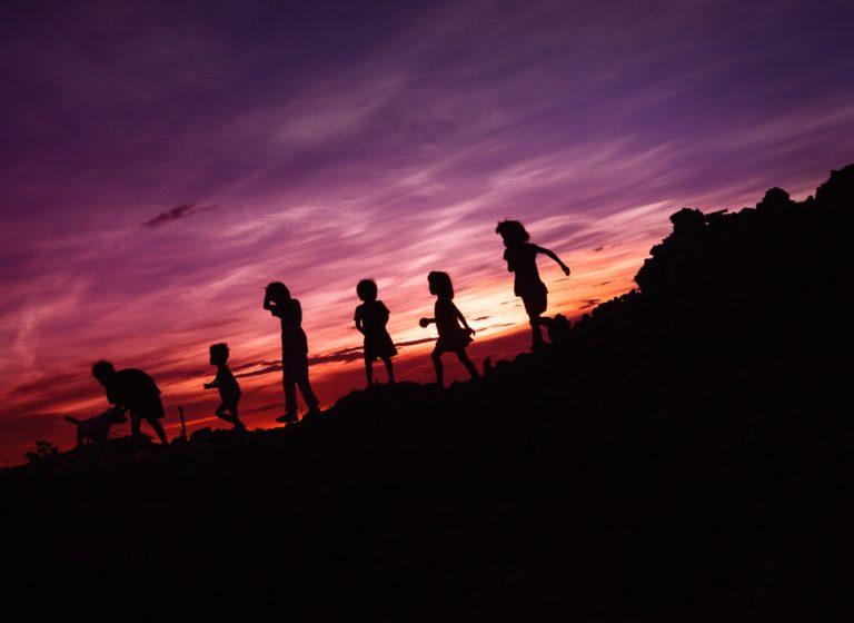行列のできる児童相談所 子ども虐待を人任せにしない社会と行動のために