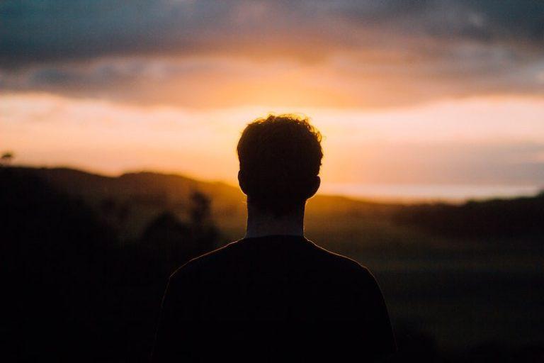 今回はあなたの人生の意味 先人に学ぶ「惜しまれる生き方」